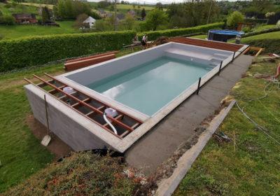 Réalisation d'une piscine semi-enterrée à Liège